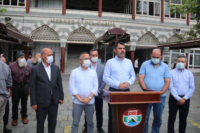 """Bakan Murat Kurum: """"bayramda Bir Fiil Tüm Ekiplerimiz Sahada Çalışıyor Olacaklar"""""""