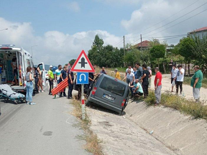 Samsun'da Hafif Ticari Araç Su Kanalına Girdi: 6 Yaralı