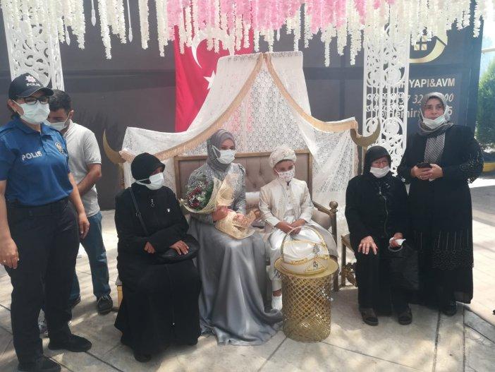 Samsun Emniyeti Şehit Çocuğu İçin Sünnet Töreni Düzenledi