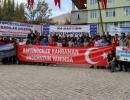 Türkiye Şampiyonasında Raftingcilerden Asker Selamı