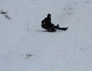Ayder Yaylası'nda şambrelli kayak keyfi